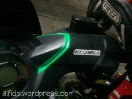 Tips Agar Lampu Utama Motor Selalu Menyala Di Siang Hari Juni 12, 2012