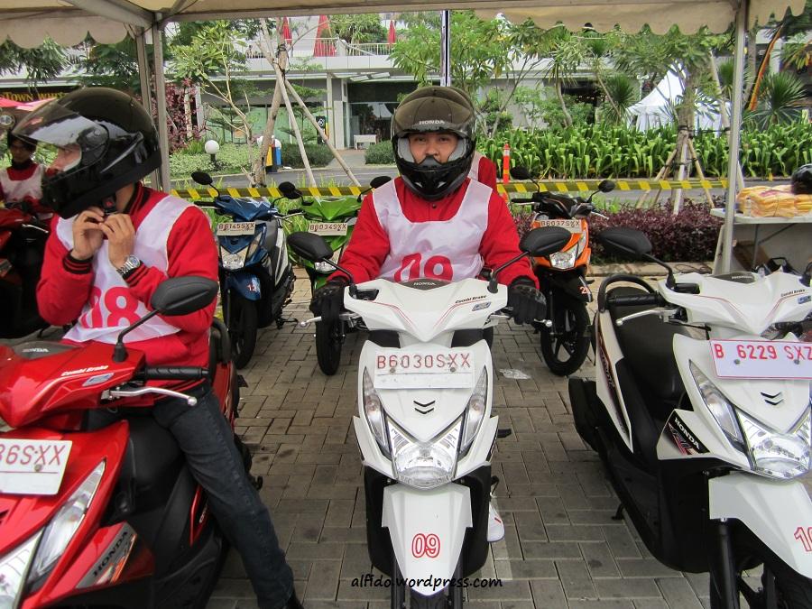 alfido test ride beat fi econo riding1 Honda Mobilio Konsumsi Bensin