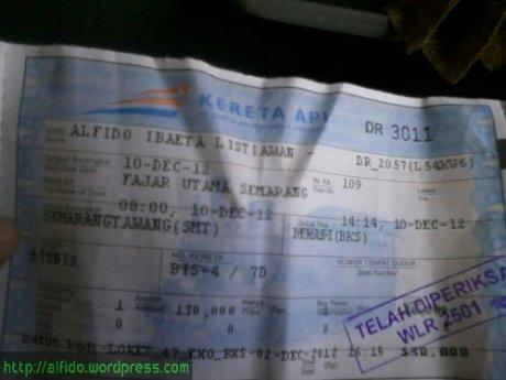 tiket kereta.jpg